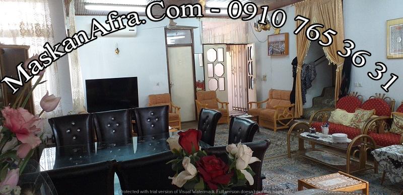 فروش-ویلا-بندر انزلی-بر میدان مالا-۳۰۰متر زمین-۱۵۰متر زیربنا